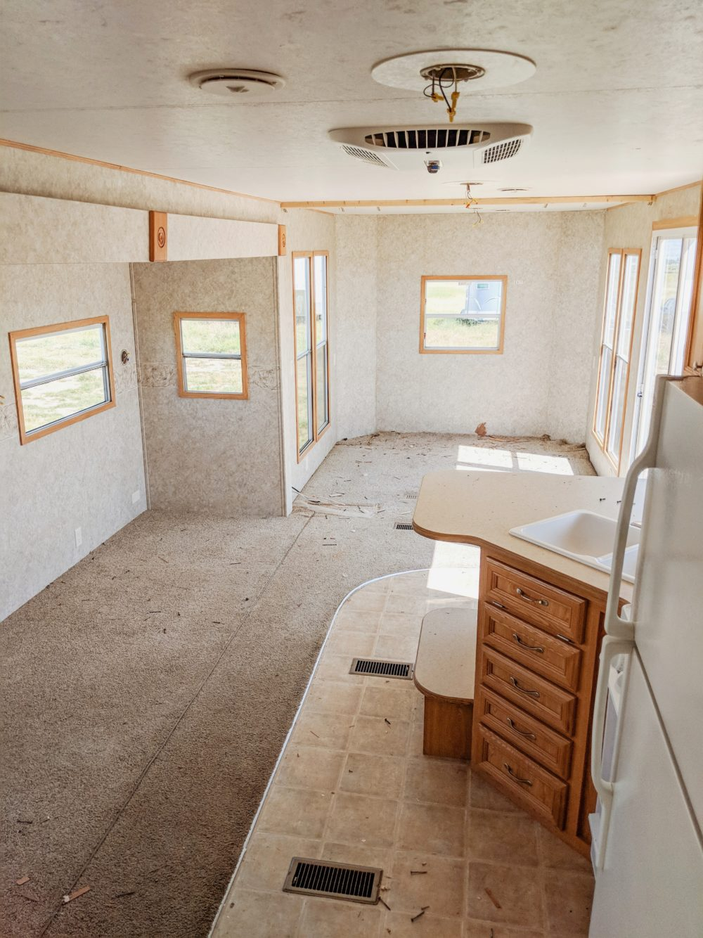 RV mid reno ready to have interior walls painted