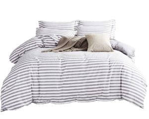 reversible duvet cover set in striped pattern