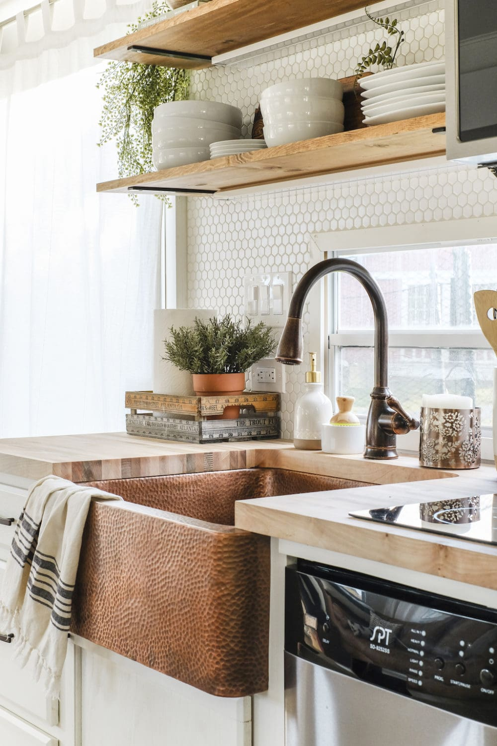 copper accents in a kitchen