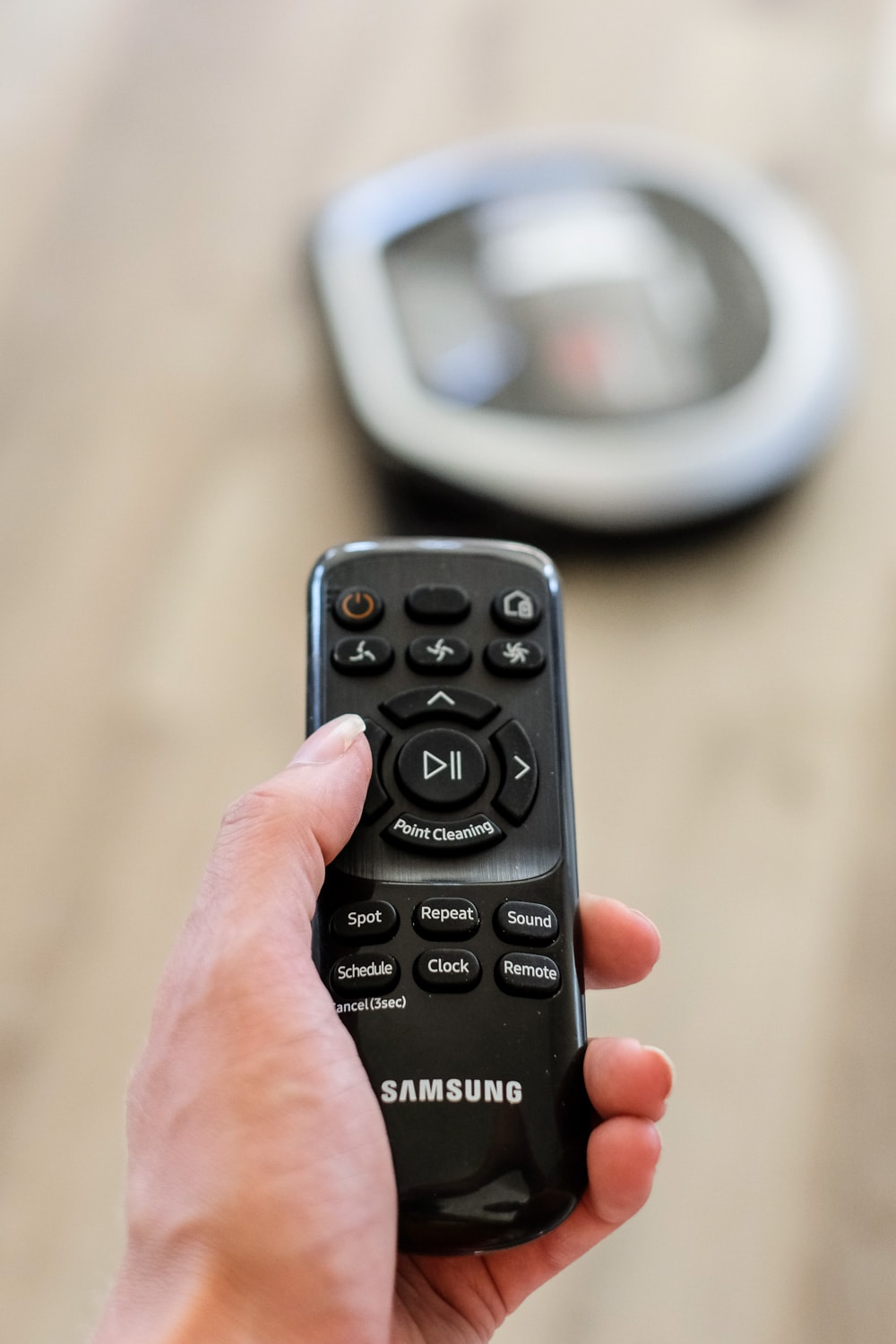 remote control to the samsung powerbot R7260