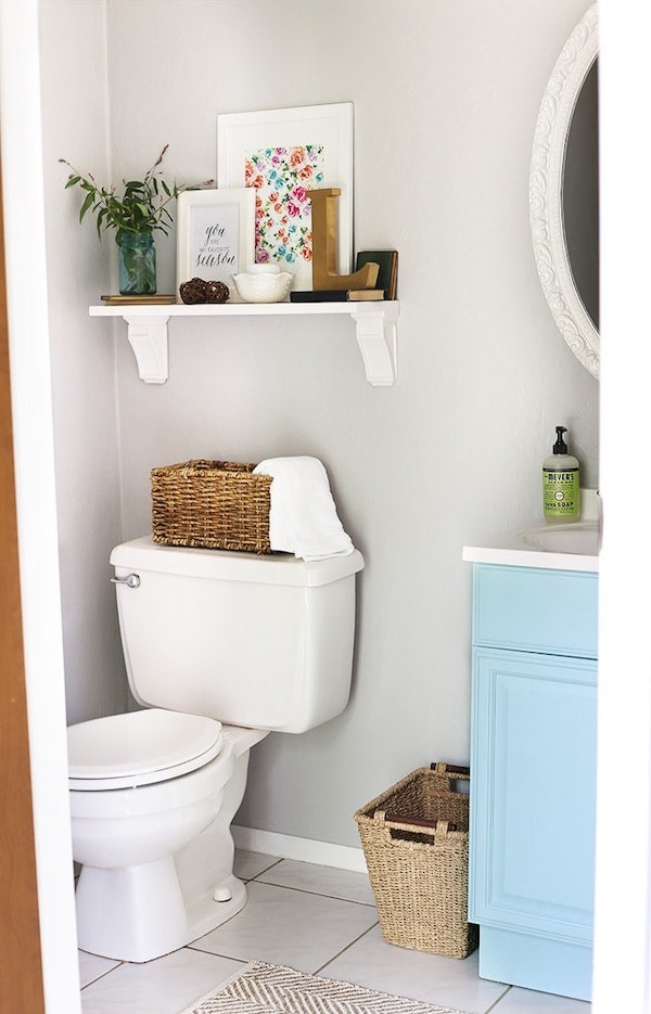 a bathroom painted with Silver City gray paint